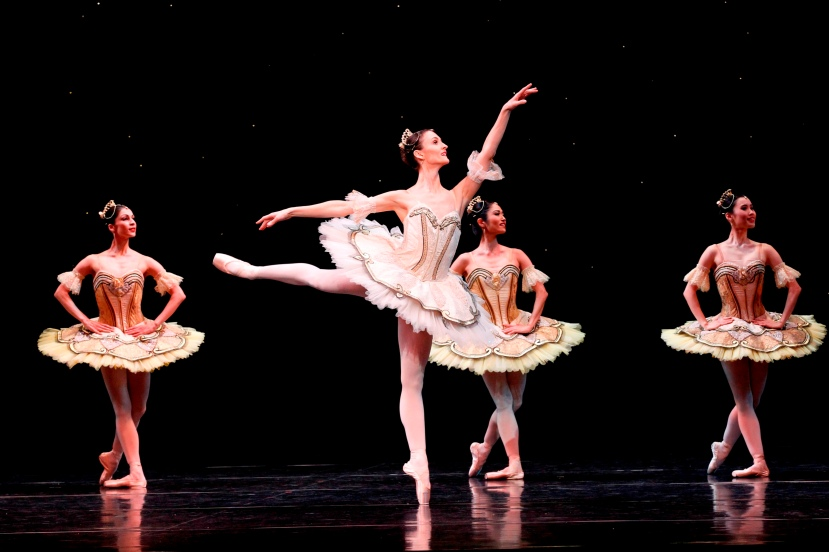 Olivia Bell, The Australian Ballet, La Sylphide, Paquita, 2013