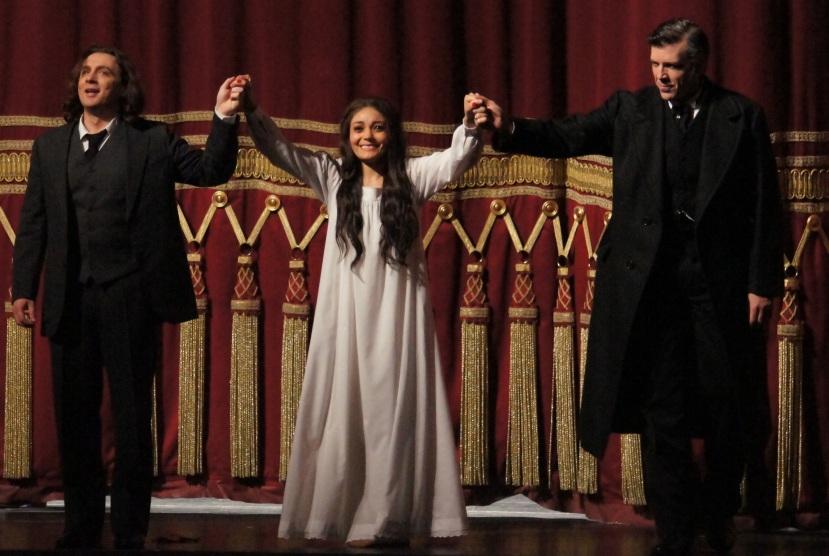 Bayerische Staatsoper, La Traviata, Magri, Perez, Hampson