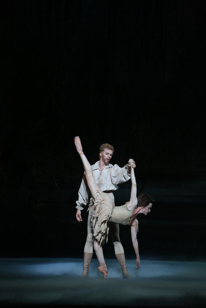 Adam Bull, Lucinda Dunn, Manon 2014 The Australian Ballet
