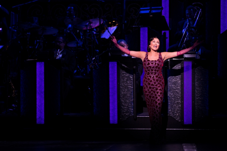 vanessa_williams_in_after_midnight_on_broadway_