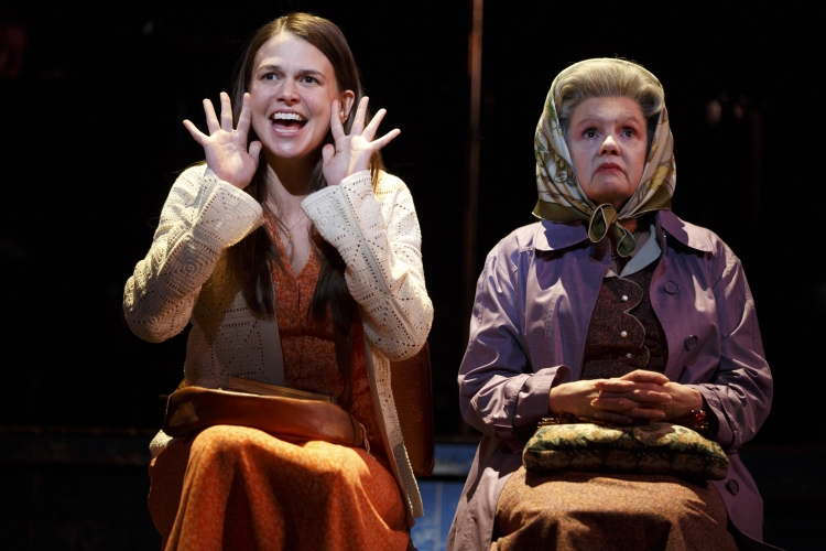 Violet Broadway Sutton Foster, Annie Golden