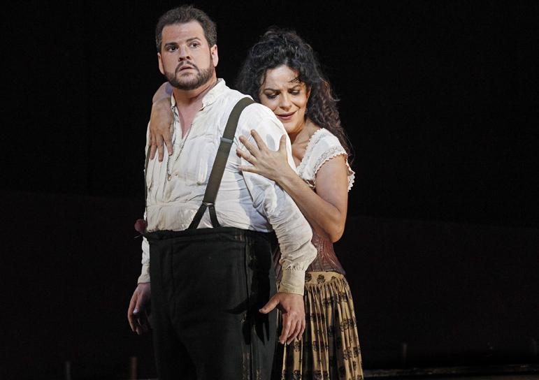 Carmen 2014 Opera Australia, David Pomeroy, Nancy Fabiola Herrera