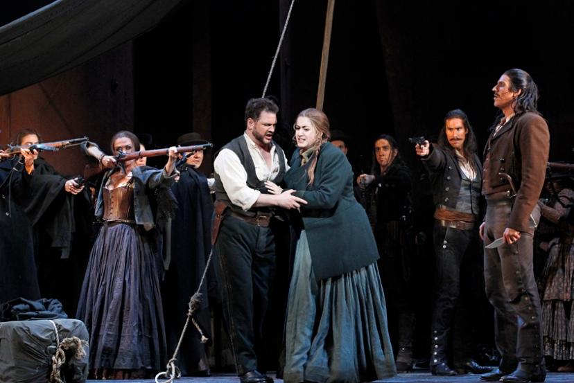 Carmen 2014 Opera Australia, David Pomeroy, Natalie Aroyan