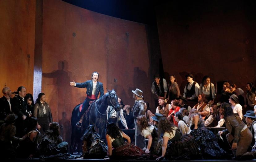 Carmen, Melbourne 2014 Opera Australia, Michael Honeyman as Escamillo