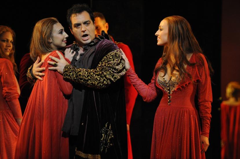 Rigoletto-Opera-Australia-Sydney-2014-Gianluca-Terranova