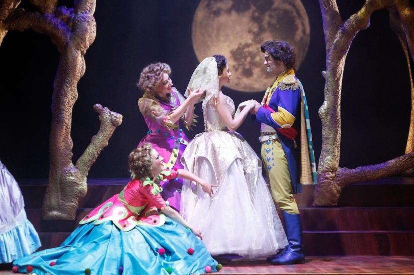 Victorian Opera 2014 Into the Woods, Eise McCann, Angela Scundi, Lucy Maunder, Matthew McFarlane