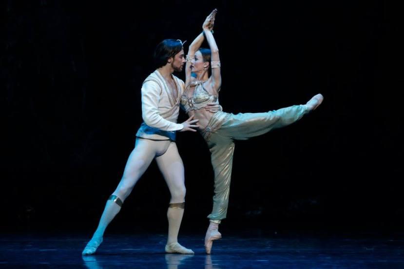 Daniel Gaudiello, Madeleine Eastoe in  La Bayadere, The Australian Ballet