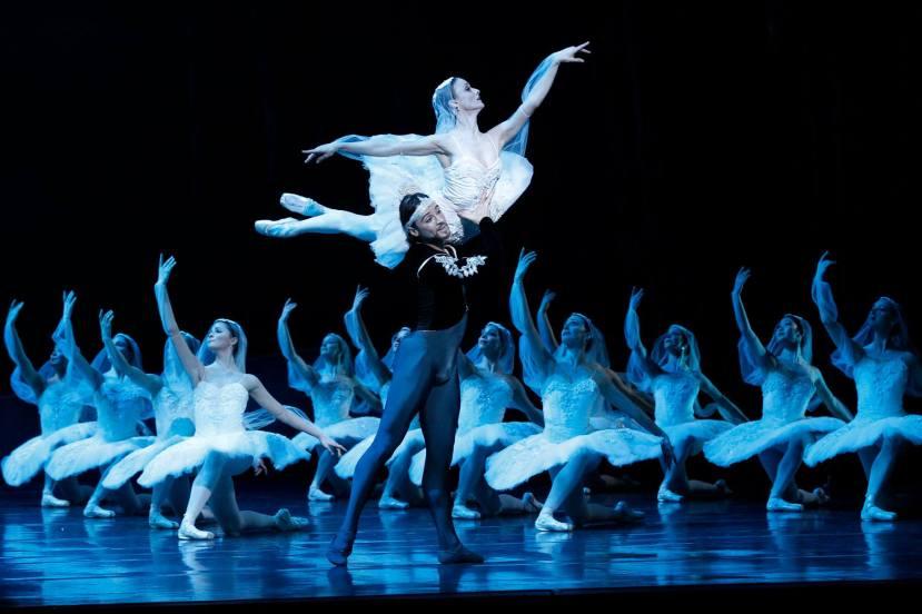 Daniel Gaudiello, Madeleine Eastoe,  La Bayadere, The Australian Ballet