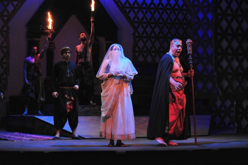 Melbourne Opera The Pearl Fishers, Lee Abrahmsen, Eddie Muliaumaseali'i