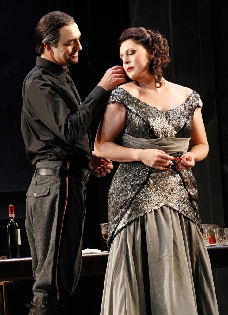 Tosca-2014-Opera-Australia,-Martina-Serafin-and-Claudio-Sgura