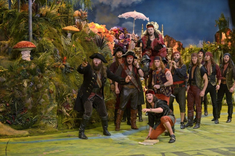 Peter Pan Live! Christopher Walken, Christian Borle
