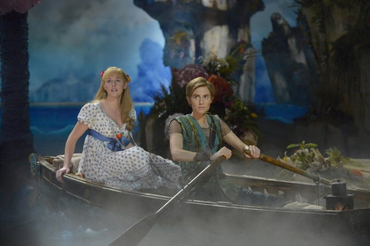 Peter Pan Live! Taylor Louderman, Allison Williams