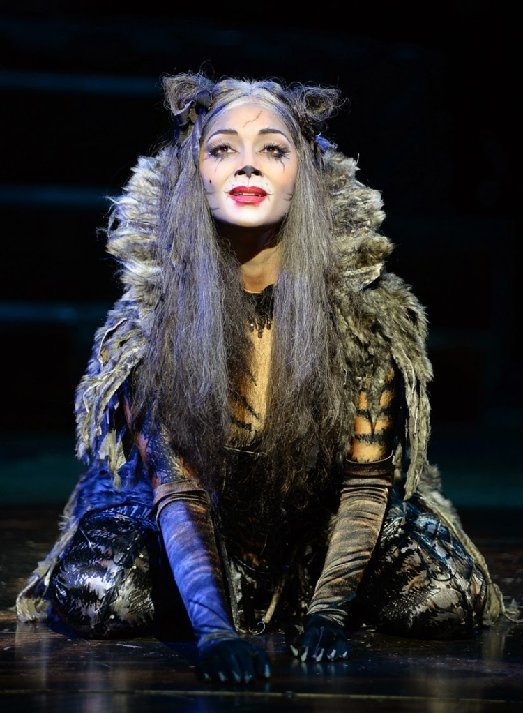Cats, London Palladium, Nicole Scherzinger as Grizabella