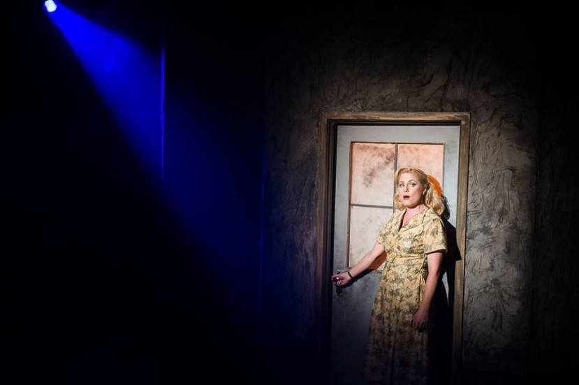 Blood Brothers, Hayes Theatre, Helen Dallimore