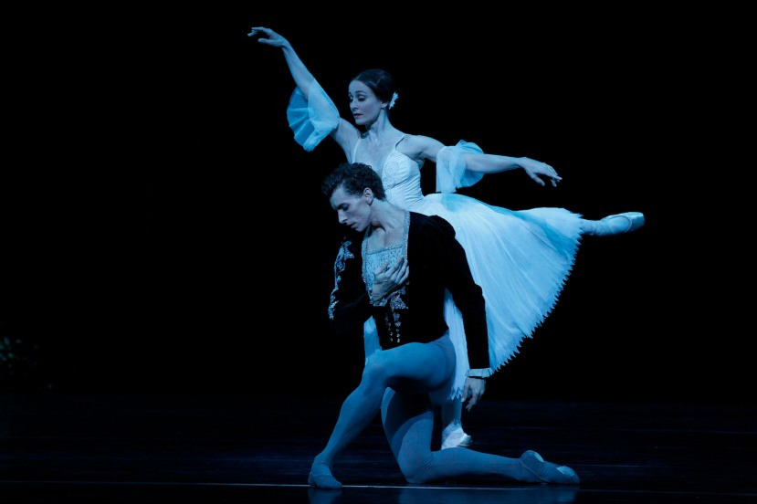 Giselle 2015 The Australian Ballet,Madeleine Eastoe and Kevin Jackson