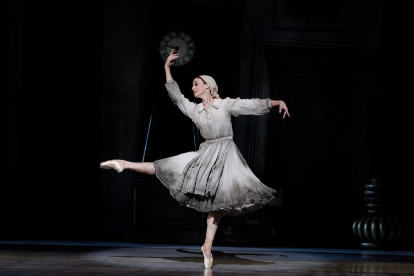 Cinderella, The Australian Ballet, Melbourne 2015, Madeleine Eastoe