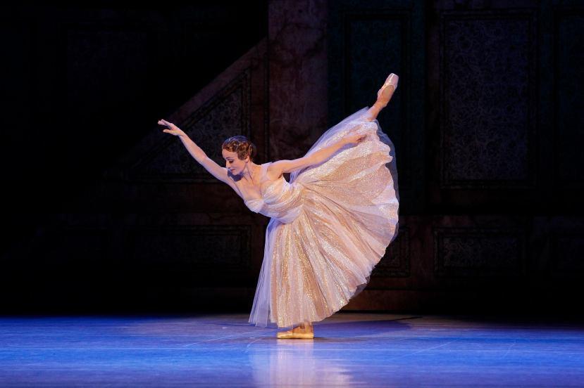 Cinderella, The Australian Ballet, Melbourne 2015, Madeline Eastoe