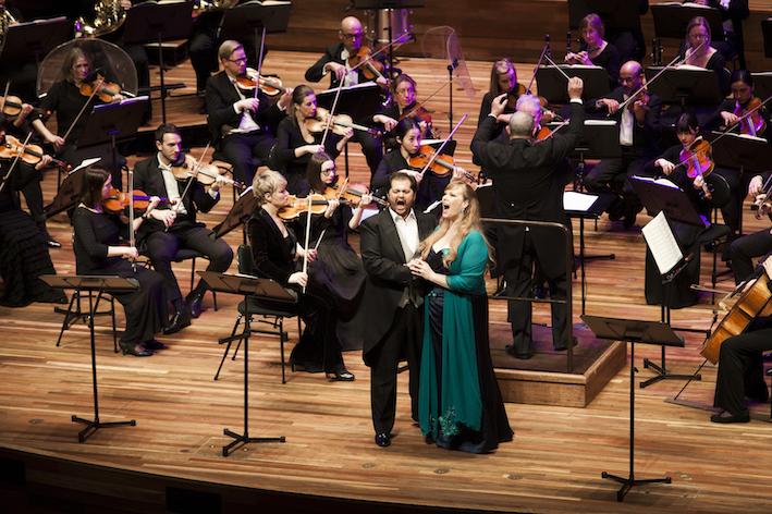 I Puritani 2015 Victorian Opera, Celso Hernandez and Jessica Pratt