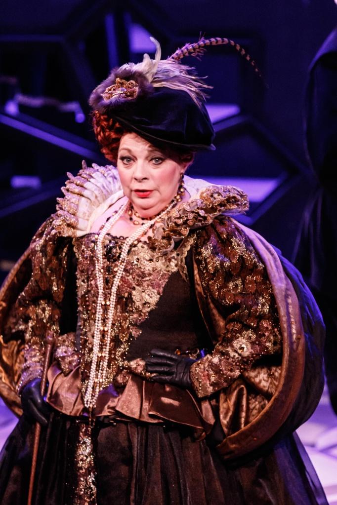 Maria Stuarda 2015 Melbourne Opera, Rosamund Illing