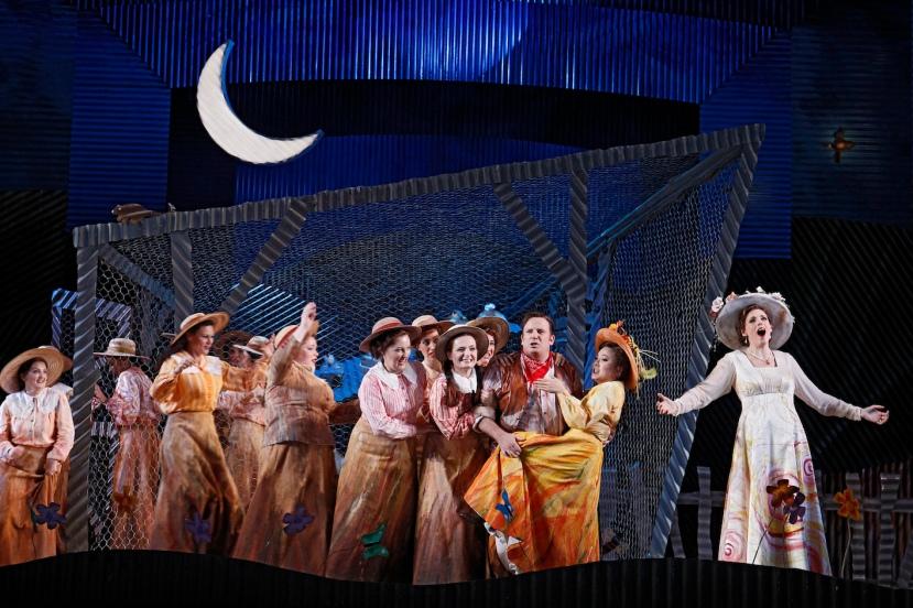 The Elixir of Love 2015 Opera Australia, Eva Kong, Rachelle Durkin