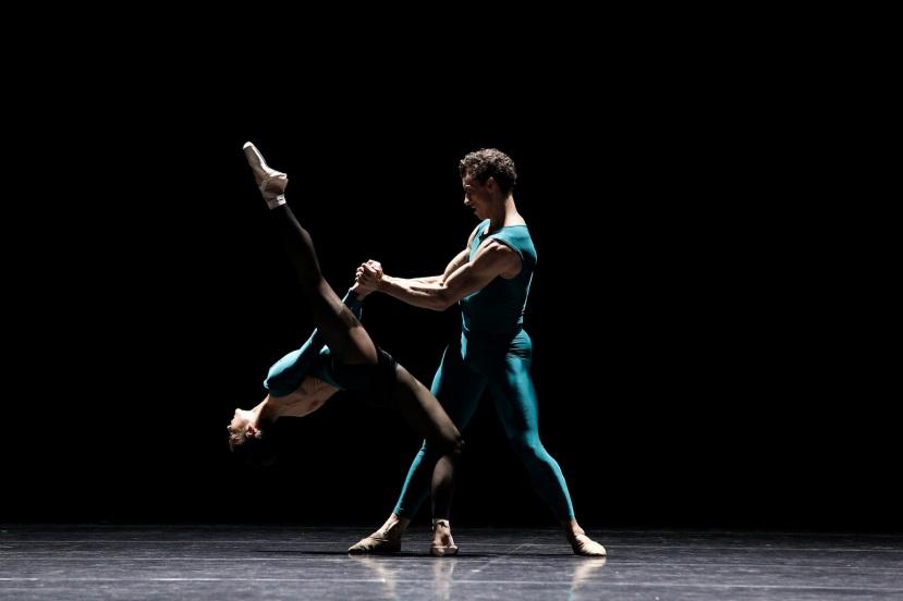Vitesse, The Australian Ballet, In The Middle, Robyn Hendricks, Kevin Jackson