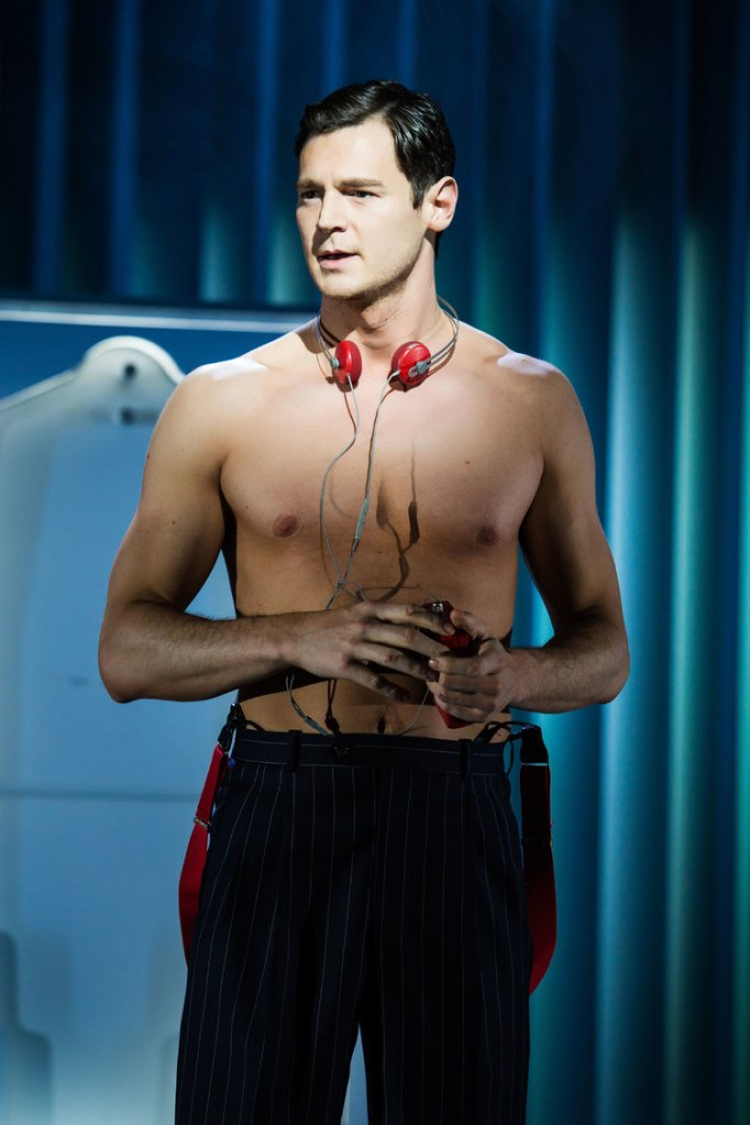 American Psycho, Broadway, Benjamin Walker shirtless