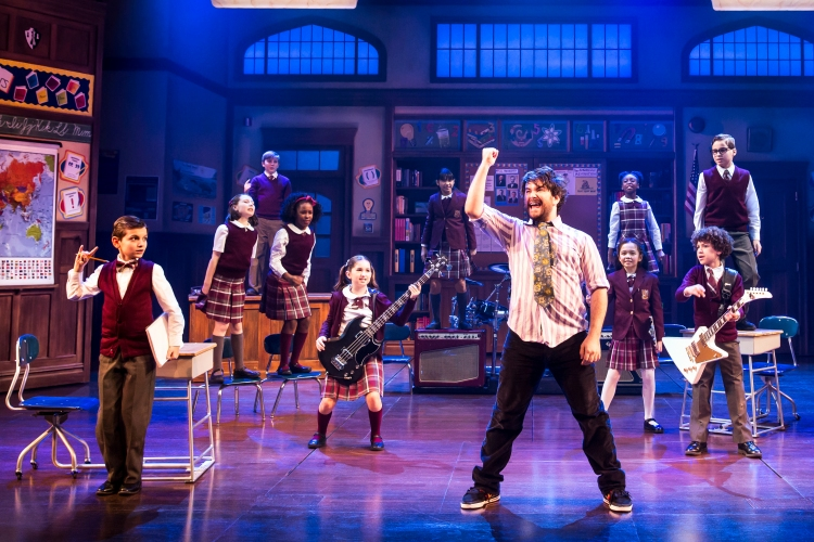 School of Rock the musical, alex_brightman_and_the_kids_of_school_of_rock