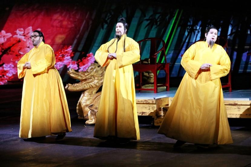 Turandot-2016-Handa-Opera-on-Sydney-Harbour,-Benjamin-Rasheed,-Luke-Gabbedy,-John-Longmuir