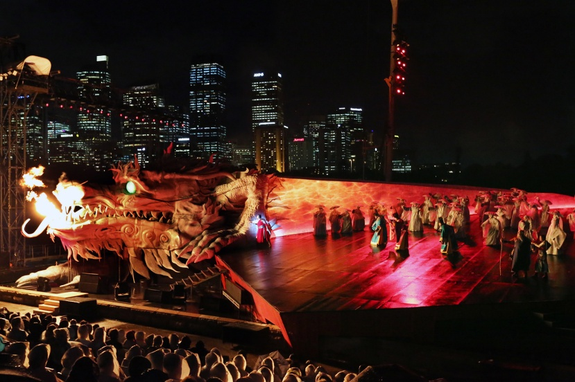 Turandot-2016-Handa-Opera-on-Sydney-Harbour,-fire-breathing-dragon