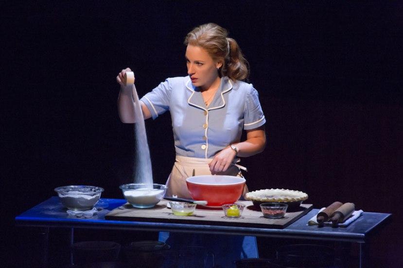Waitress Jessie Mueller