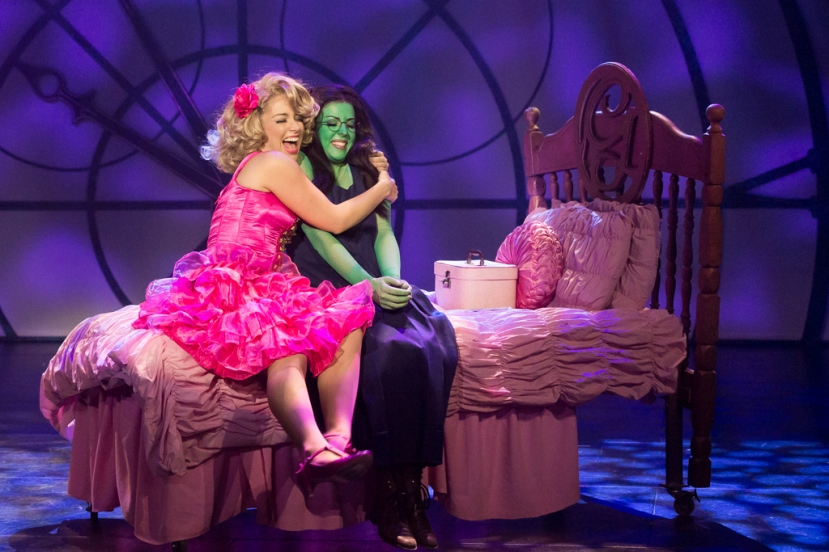 Wicked 2016 CLOC, Emily McKenzie as Glinda, Rosa McCarty as Elphaba, Popular