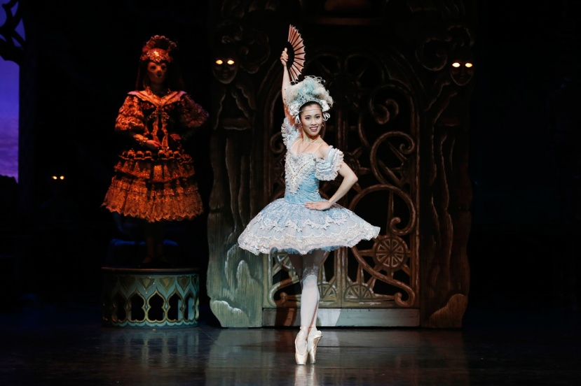 coppelia-2016-the-australian-ballet-ako-kondo-as-swanhilda
