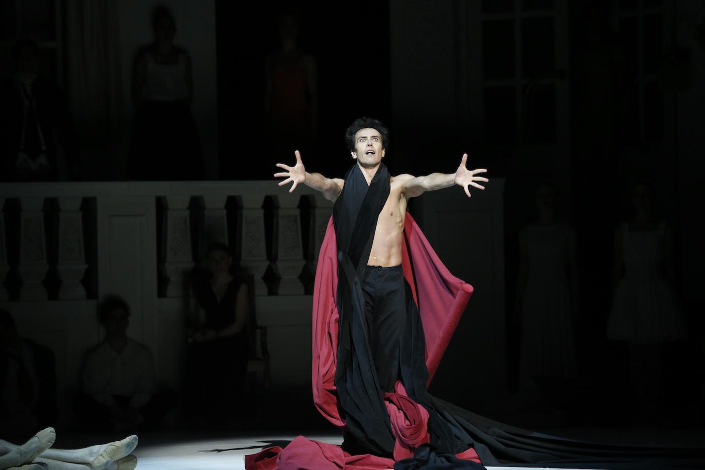 nijinsky-the-australian-ballet-alexandre-riabkosimonparrismaninchairnijinsky-the-australian-ballet-alexandre-riabkonijinsky-the-australian-ballet-leanne-stojmenov-alexandre-riabkonijinsky-the-australian-ballet-dimity-azoury-alexandre-riabko-francois-eloi-lavignac-leanne-stojmenovnijinsky-the-australian-ballet-cristiano-martinonijinsky-the-australian-ballet-leanne-stojmenov-alexandre-riabko-ako-kondo-christopherrodgers-wilsonnijinsky-the-australian-ballet-alexandre-riabkonijinsky-2016-the-australian-ballet-kevin-jacksonnijinsky-2016-the-australian-ballet-kevin-jackson-amy-harrisnijinsky-2016-the-australian-ballet-andrew-killian-as-petruschkanijinsky-2016-the-australian-ballet-kevin-jackson-natasha-kusch