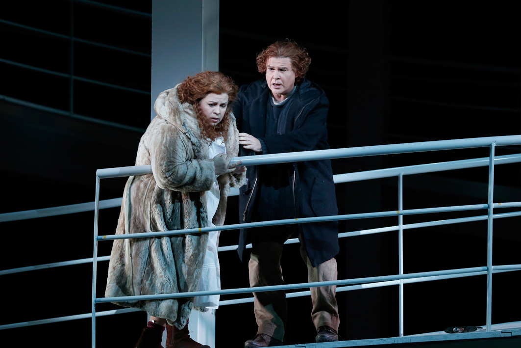 die walkure At around five hours in duration, richard wagner's opera die walküre is an epic work in its own right – but it's only one of four instalments of the composer.