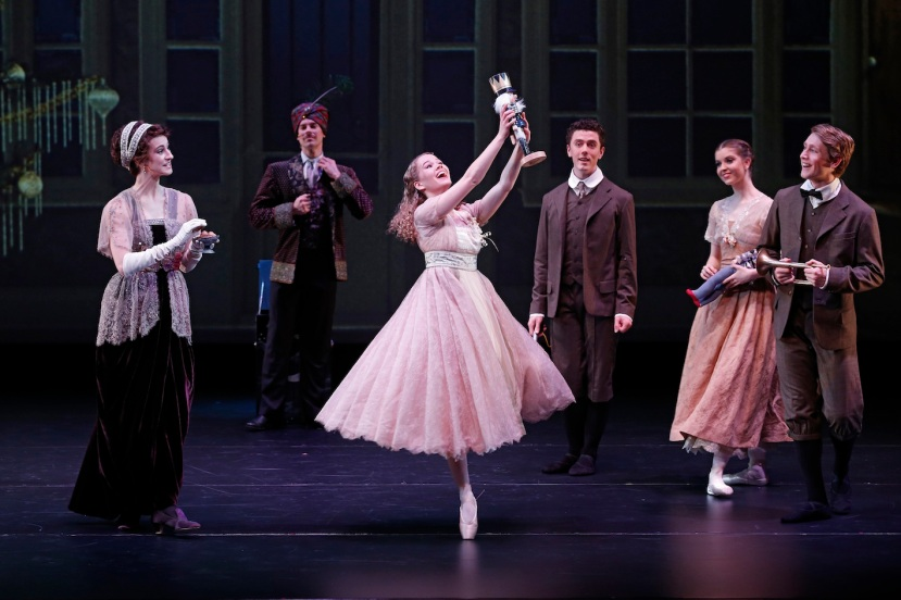 storytime-ballet-the-nutcracker-dancers-of-the-australian-ballet