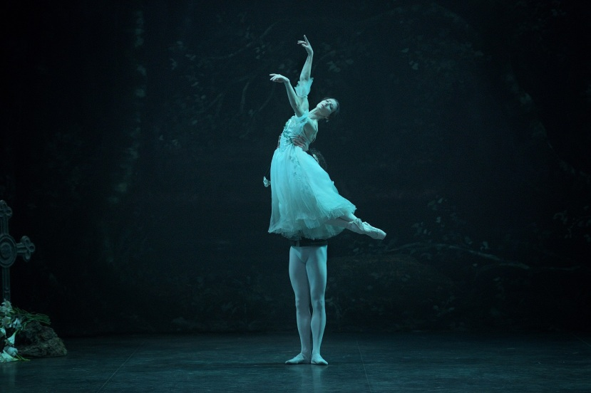 giselle-2017-english-national-ballet-alina-cojocaru-isaac-hernandez