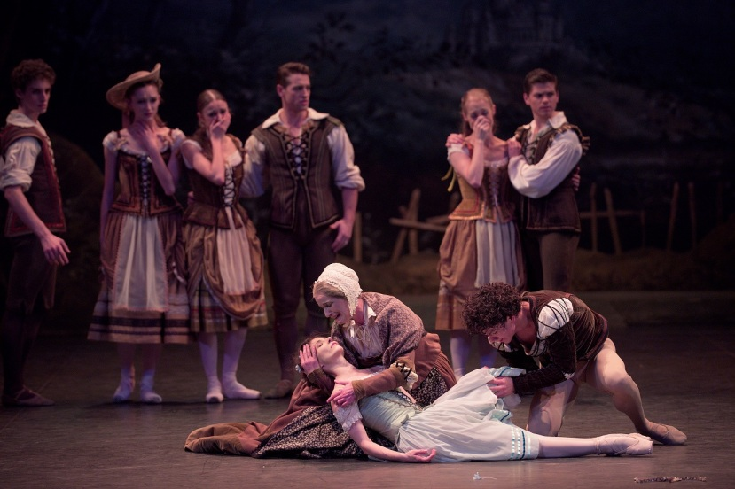 giselle-2017-english-national-ballet-alina-cojocaru-jane-haworth-isaac-hernandez