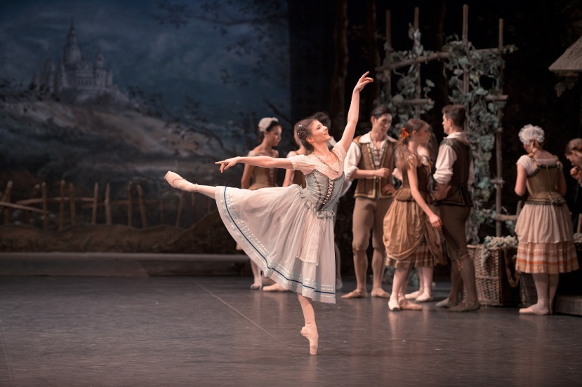 giselle-2017-english-national-ballet-alina-cojocaru