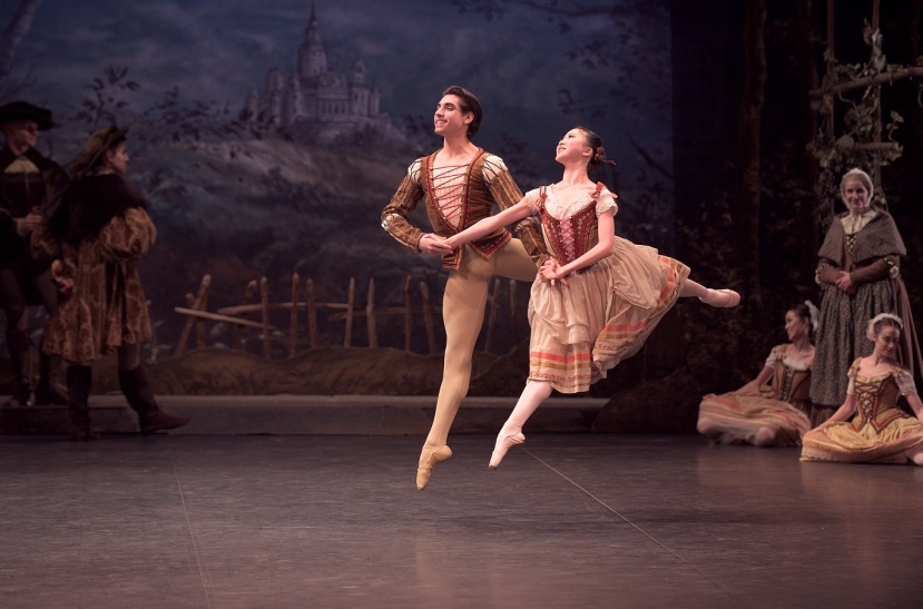 giselle-2017-english-national-ballet-cesar-corrales-rina-kanehara