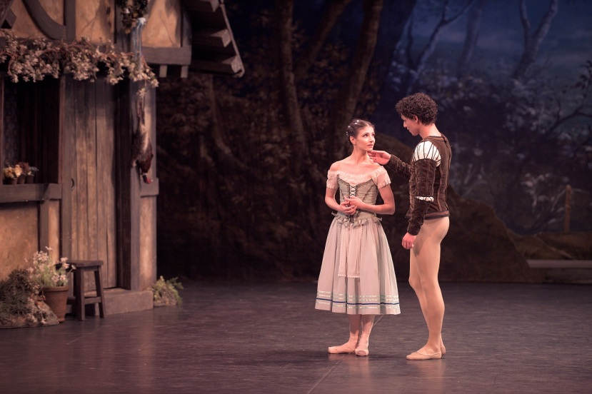 giselle-english-national-ballet-2017-alina-cojocaru-and-isaac-hernandez