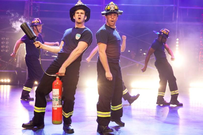 the-full-monty2017-stageart-firemen-strippers
