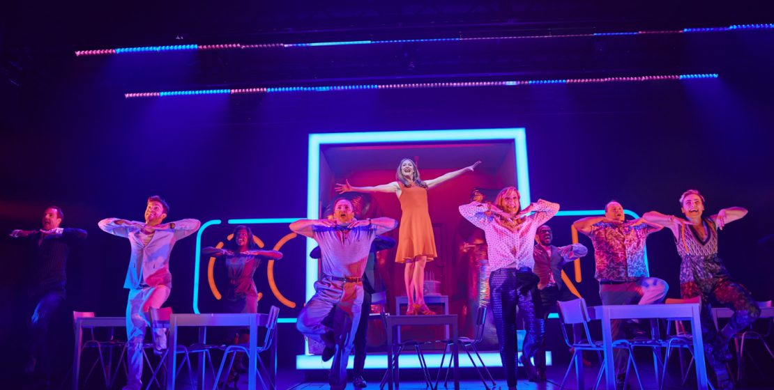 Company review [West End 2019] – Simon Parris: Man in Chair